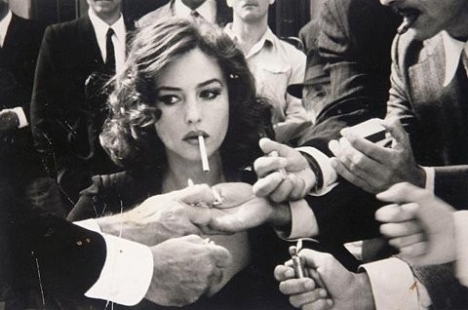 black-and-white-cigarette-fire-gentlemen-lady-Favim.com-113009